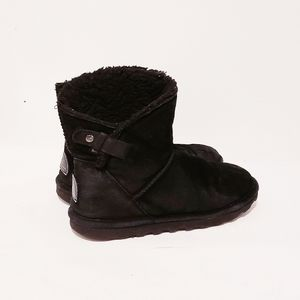 Bear paw black shearling boots 8